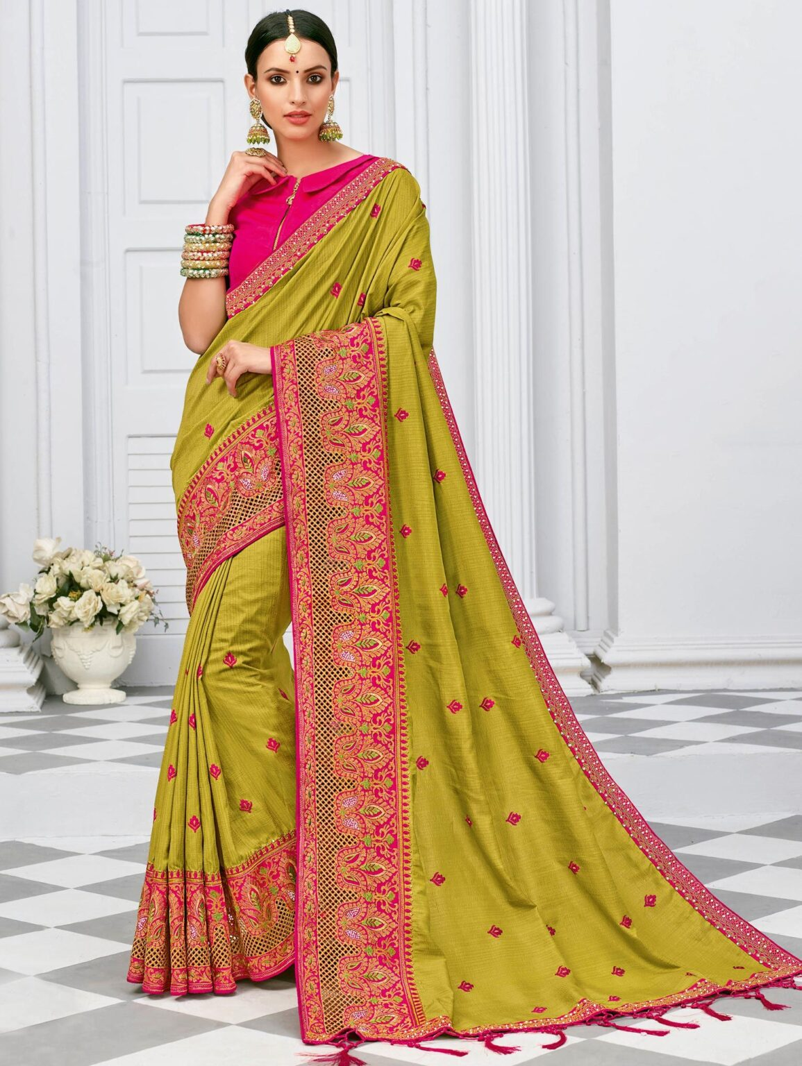 Green Art Silk Saree with Contrast Embroidered Border
