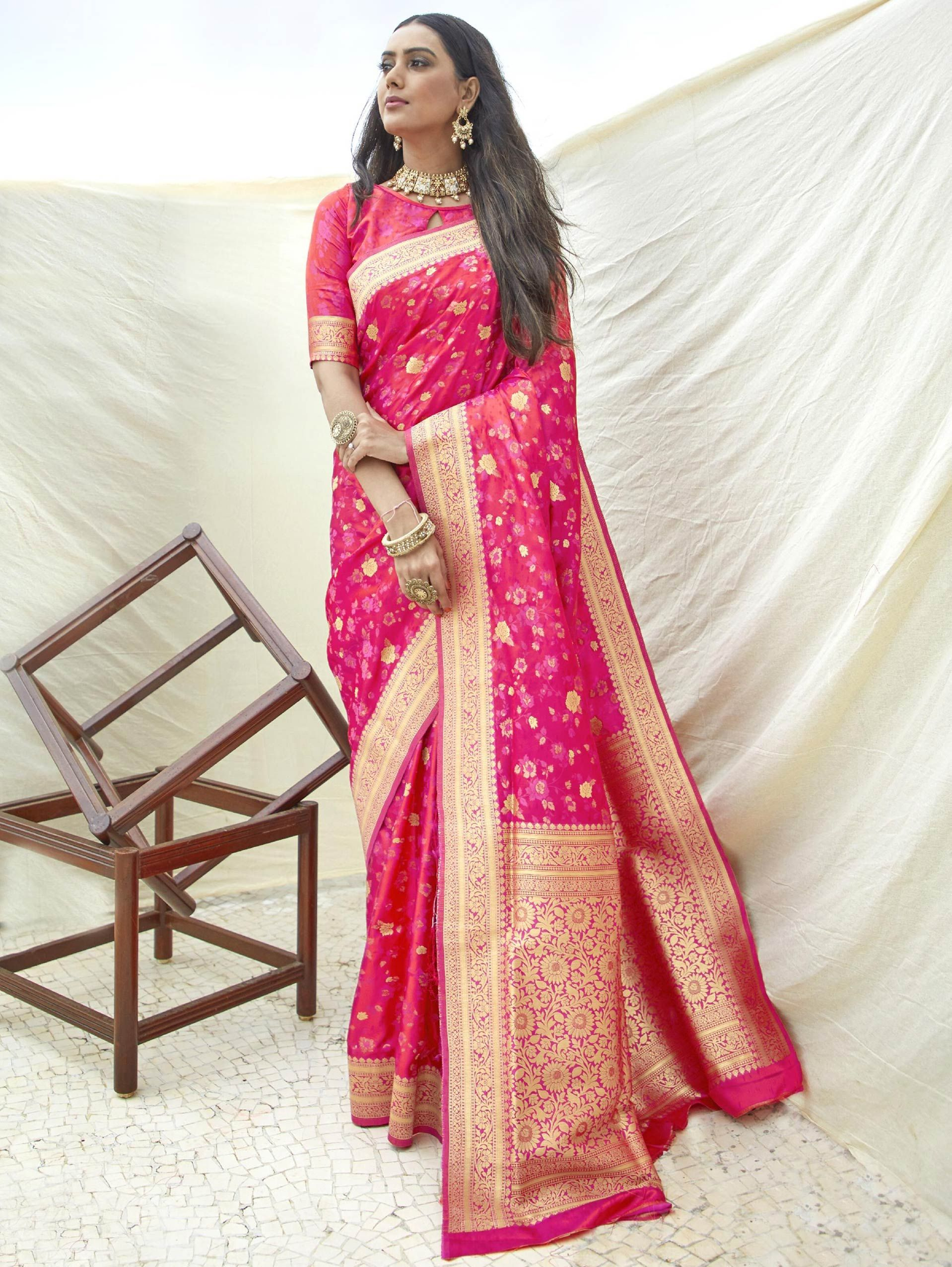 Pink Art Silk Saree with Floral Woven Border and Pallu