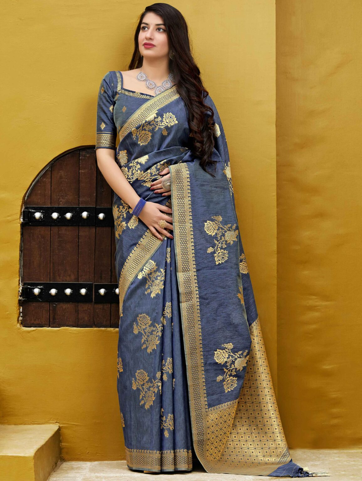 Navy Blue Banarasi Silk Floral Woven Saree with Golden Touch Border and Pallu
