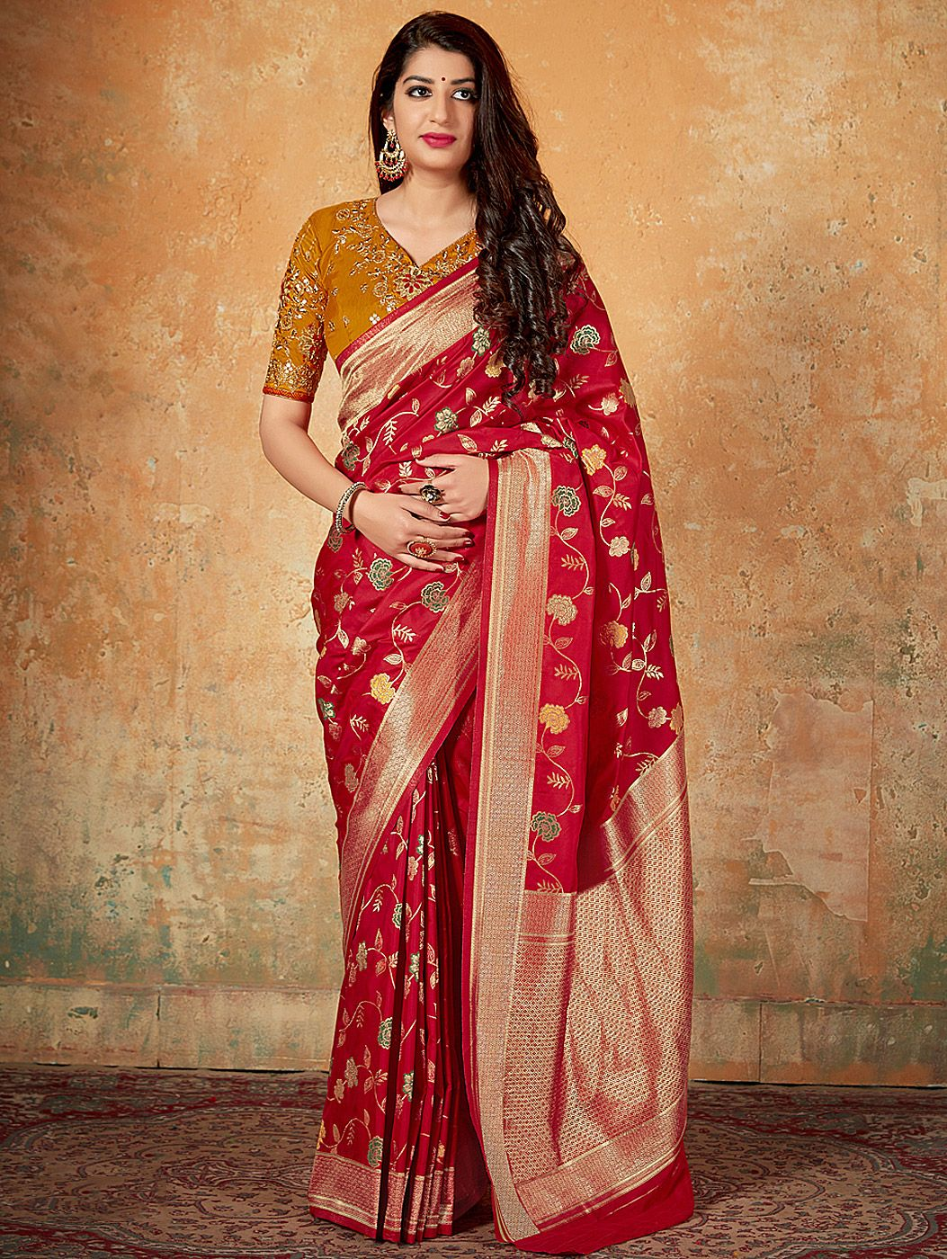 Red Banarasi Silk Traditional All Over Floral Woven Saree